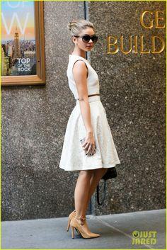 Sarah Hyland Asked About Restraining Order on GMA: 'I'm Great' | sarah hyland great after restraining order 05 - Photo