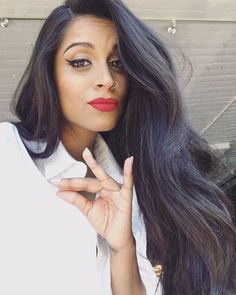 Lilly Singh (@IISuperwomanII) | Amazingly talented, beautiful human being and proudly Canadian :)