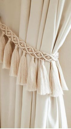 Curtain Hangers, Curtain Holder, Curtain Tie Backs, Macrame Design, Macrame Art, Macrame Projects, Boho Curtains, Macrame Curtain, Macrame Wall Hanging Patterns