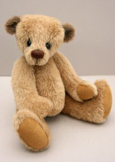 Archie by Scruffie Bears by Susan Pryce