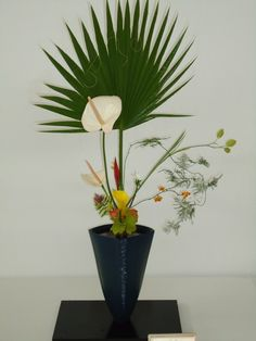 Photo from Ikenobo Ikebana Society Los Angeles Chapter