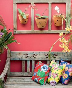 decorated in the yard Rustic Living Room Furniture, Home Decor Furniture, Garden Furniture, Outdoor Rooms, Outdoor Gardens, Mexican Home Decor, Patio Design, Porches, Colorful Interiors