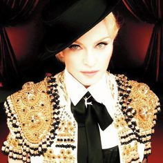Madonna Living For Love http://clubjimmy.com/madonna-living-for-love-le-clip