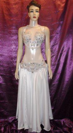 Atelier Yasmin Hassanein - Trajes para Dança do Ventre - Bellydance Costumes: Bellydance Costumes by Atelier Yasmin Hassanein