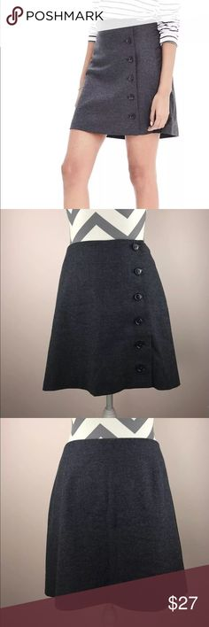 """NWT Banana Republic Petite Flannel Button Skirt New with tags Smoke free home Banana Republic Side Button Flannel Skirt Size: 10P Petite  FIT & SIZING Semi-fitted. Hits mid-thigh. Skirt length: 16"""" Skirt Waist: 16.5""""   FABRIC & CARE 40% polyester, 40% wool, 15% rayon, 5% other. Dry clean. Imported.   PRODUCT DETAILS Made exclusively for Banana Republic Factory. Button down placket. Back darts. Fully lined.  #872116 Banana Republic Skirts"""