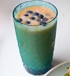Grapefruit Smoothie: 1 large grapefruit, peeled. One large banana. Handful ice. Drizzle maple syrup. Splash of rice milk. Blend. I topped with a handful or organic blueberries. YUM.