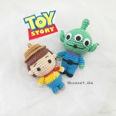 Amigurumi Toy Story 48 Models to Make at Home Come Minion Crochet, Kawaii Crochet, Cute Crochet, Crochet Baby, Amigurumi Toys, Crochet Patterns Amigurumi, Crochet Dolls, Crochet Disney, Toy Story Crafts