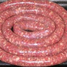 The secret in the making of good boerewors lies in the quality of the ingredients used. The better the quality of the meat the better tasting the boerewors. When making, do not overprocess; meat must be crumbly. Use good quality fresh (not frozen) meat and vary spices to taste. If you want to make droëwors, use narrow sausage casings. - Boerewors Braai Recipes, Meat Recipes, Mexican Food Recipes, Cooking Recipes, Oven Recipes, South African Dishes, South African Recipes, Chorizo, Beef Dishes