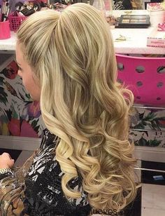 Long Wavy #Hairstyle Curly Homecoming Hairstyles, Down Hairstyles For Long Hair, Braided Hairstyles, Cool Hairstyles, Holiday Hairstyles, Hairstyle Ideas, Pageant Hairstyles, Hairstyles 2016, Long Hairstyle