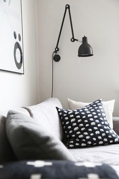 Via Trendenser | Finlayson Elefant Pillow | Black  White
