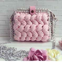 """ถูกใจ 1,266 คน, ความคิดเห็น 5 รายการ - @applewhitecrochet บน Instagram: """"By @canareyca_handmade #croché #crocheter #crochê #crochetinspiration #crochetando #feitoamao…"""""""