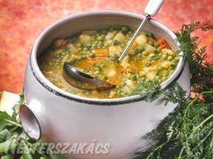 My Favorite Food, Favorite Recipes, Hungarian Recipes, Hungarian Food, Eat Pray Love, Romanian Food, Bakery Recipes, Chana Masala, Soups And Stews