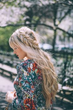 5 Easy Hair Tutorials To Try Now
