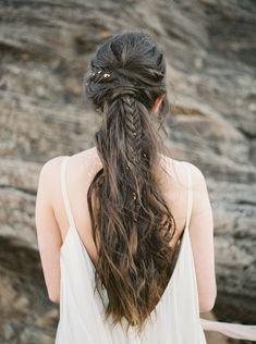 Neutral and Gold Wedding Ideas - Wedding Sparrow Braid Half Up Half Down, Braided Half Up, Up Hairstyles, Braided Hairstyles, Wedding Hairstyles, Bridal Hair And Makeup, Hair Makeup, Bridal Braids, Wedding Beauty