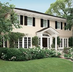 colonial house colors colonial exterior paint colors best of cream house black shutters decor ideas pictures Colonial Shutters, House With Porch, Paint Colors For Home, House Exterior, Colonial Exterior, Exterior Brick, Exterior Design, House Paint Exterior, Exterior Makeover