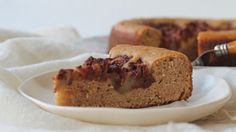 Sweeter Life Club shares a recipe for Apple Sponge Cake.