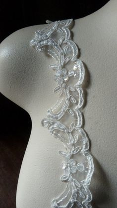 Beaded Lace Scalloped in Ivory Creme for Bridal door MaryNotMartha