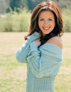 Sara Evans. I Love Her, She Is So Beautiful, And Talented.. Im Jealous!