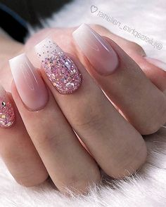 28 Charming Nails For When You Have Nothing to Try 2019 dipglitternails luxury nails - tj nails - style - model - pic Glitter Nailsnailsvibez By julietsaphira nailartist source fashion b 8 White Acrylic Nails, Summer Acrylic Nails, Best Acrylic Nails, Spring Nails, Summer Nails, Winter Nails, Perfect Nails, Gorgeous Nails, Pretty Gel Nails