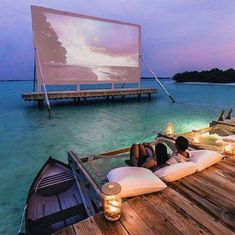 Movie projector in Maldives? Movie projector in Maldives? Vacation Places, Dream Vacations, Vacation Spots, Vacation Movie, Vacation Wear, Tourist Spots, Aloita Resort, Maldives Resort, Maldives Honeymoon