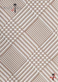 Particolare Tessuto Cravatta Principe di Galles in Seta Jacquard Nocciola e Bianca