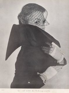 Schiaparelli (Couture) 1949 Winged Collar, Mitts, Photo Harry Meerson