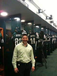Merrick Rosenberg working with the Philadelphia Eagles