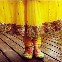 MENDHI OUTFIT DESIGNS - BRIDAL  #mehndi #yellow #bridal #bride ... - aznbride @ Instagram Web Interface - 5th village