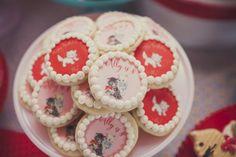 Vintage cat cookies