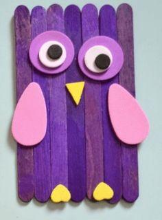 Hoe werkt #Dieren #knutselen van houten #IJslollystokjes? | hoe werkt dieren-van-ijslollystokjes | Wat kun je knutselen met ijsstokjes? Popsicle Stick Crafts, Popsicle Sticks, Craft Stick Crafts, Paper Crafts, Diy Crafts, Diy For Kids, Crafts For Kids, Arts And Crafts, Lollipop Sticks