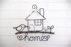 home sweet home hanging sign wire craft by LazysheepAfternoon Diy Crafts Tools, Wire Crafts, Diy Home Crafts, Creative Crafts, Arts And Crafts, Wire Wall Art, Sheep Crafts, Wire Ornaments, Bijoux Fil Aluminium