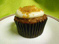APPLE PIE CHEESECAKE - apple cupcake w/ cream cheese frosting & graham cracker crumbs