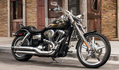 2015 Harley-Davidson® Dyna® Wide Glide® Motorcycles Photos & Videos. Pretty but don't like stock pipes :(