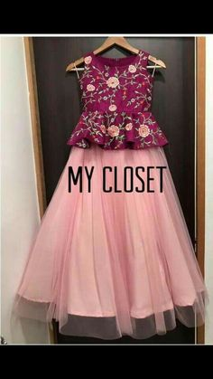 Saved this color Kids Party Wear Dresses, Kids Dress Wear, Kids Gown, Dresses Kids Girl, Kids Frocks Design, Baby Frocks Designs, Kids Lehanga Design, Lehanga For Kids, Kids Indian Wear
