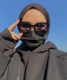 Modest Fashion Hijab, Casual Hijab Outfit, Muslim Fashion, Civil Wedding Dresses, Fake Girls, Hijabi Girl, Fashion Painting, Muslim Girls, Mode Hijab