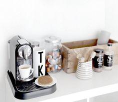 Orden en la cocina y almacenamiento extra gracias a los carritos. DIY para hacer el tuyo   Decorar tu casa es facilisimo.com