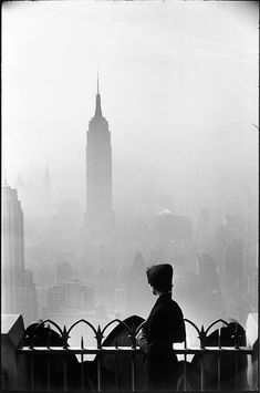 elliott erwitt - empire state building new york