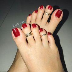 Close up❤️ #perfectfeet #ilovemyfeet #footfetishgroup #footfetishnation #footfetishcommunity #footModel #toes #prettyfeet #prettytoes #sexyfeet #prettysoles #beautifulfeet #beautifultoes #longtoes #smellyfeet #piedi #pezinhos #sexytoes #apaixonadoporpes #feetlovers #ticklishfeet #footporn #instafeet #feetfetishworld #vickywu99