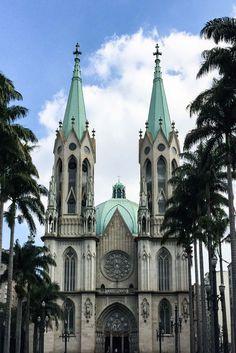 Nesse roteiro quarta-feira em SP vamos desvendar alguns segredinhos de São Paulo. Conheça o centro histórico da cidade caminhando da Sé até São Bento. Esse roteiro faz parte do projeto Semana Sampa, que vai desvendar diversas regiões de São Paulo em roteiros de um dia, pra você curtir a pé.