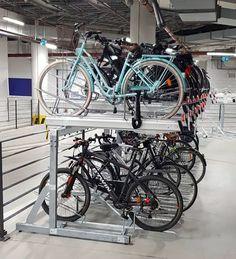 In Polen staat dit etage fietsenrek FalcoLevel Eco. Bicycle, Bike, Bicycle Kick, Trial Bike, Bicycles
