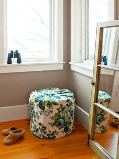 Another industrial wood spool is wrapped in foam and vintage fabric to make a soft stool. Check out the next slide for one more variation on this versatile project. Design by Joanne Palmisano