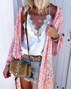 105 Stylish and Trending Summer Outfits to Wear Now / Graceful And So Extremely Cute Summer Pieces Boho Outfits, Summer Outfits, Fashion Outfits, Womens Fashion, Hippie Chic Outfits, Summer Clothes, Look Boho Chic, Mode Hippie, Kimono Fashion