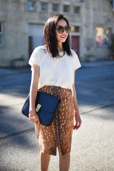 white tee, animal print skirt & a Celine bag #style #fashion #9to5chic