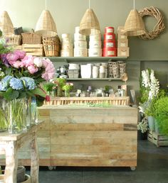Sally Hambleton's flower shop in Madrid. Photo by Itziar Guzman. www.sallyhambleton.com