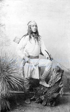An Arizona History Adventure Native American Photos, Native American Tribes, Native American History, American Symbols, Native Indian, First Nations, Historical Photos, American Women, American Art