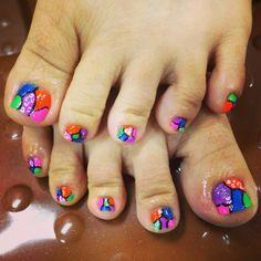 cute toes nails
