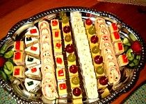 Appetizer Sandwiches, Tea Sandwiches, Appetizers, Czech Recipes, Ethnic Recipes, Salty Snacks, Food Decoration, Diy Food, Hot Dog Buns