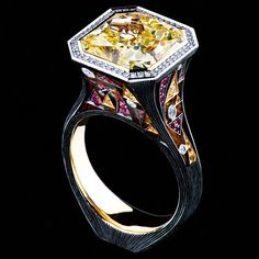 18K white gold  1 diamond 7,48 ct   94 diamonds 0,41 ct   25 sapphires 0,21 ct   47 rubies 0,32 ct