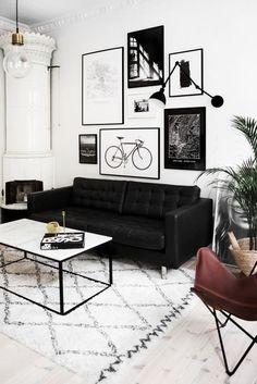 cool 50 Inspiring Modern Wall Art Decoration Ideas https://homedecorish.com/2017/10/26/50-inspiring-modern-wall-art-decoration-ideas/