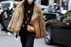 Street Style de Fashion Week Milán   Galería de fotos 33 de 78   VOGUE